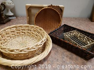 Lot Of (6) Baskets