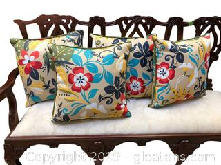 "Set ""4"" Indoor Outdoor Throw Pillows"