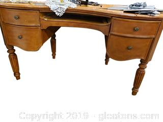 Modern Vintage Look Wooden Desk/Pullout Drawer