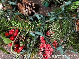 Set Of (2) Christmas Wreaths/Lighted