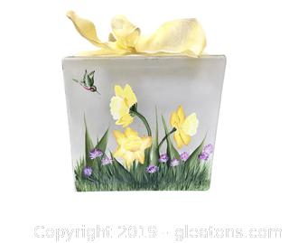 Lot 386 Vintage Daffodil Light Box