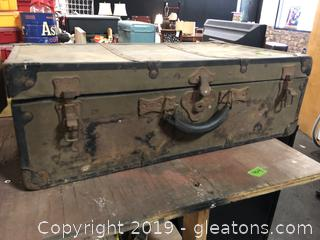Old Antique Trunk With Old Train Set