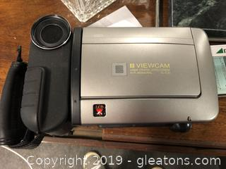 Sharp Viewcam 8 x Power Zoom Includes Storage Bag And Accessories