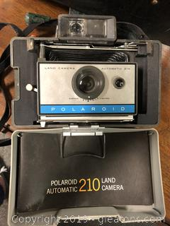 Vintage Polaroid Land Camera 210 With Case And Bag Flash