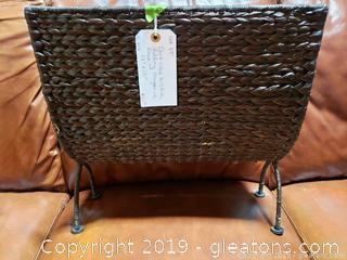 Dark Color Wicker Folding Magazine Rack