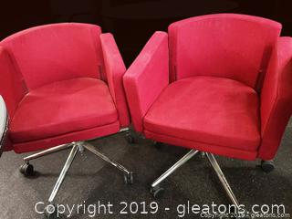 PR Of Barrel Style Rolling Office Chairs/Red