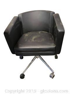 Black Leather Barrel Desk/Office Chair