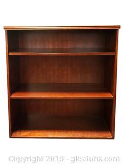 Small Office Wood Look Book Shelf