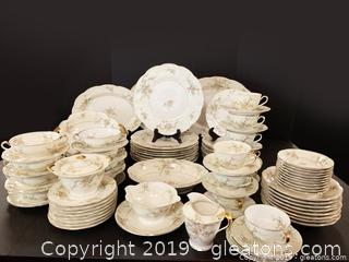 Haviland Rosalinde Collection about 88 pieces