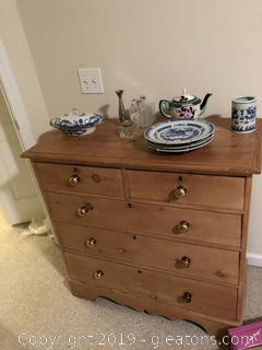 Antique Pine Bachelors Chest with Brass Knobs