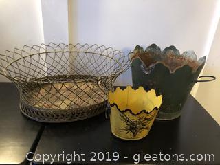 Vintage Metal Tole Flower Pots