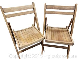 PR Of Folding Wooden Chairs