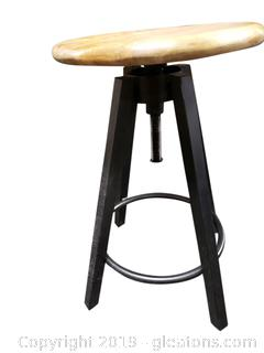 Nice BLack Iron Adjustable Bar Stool