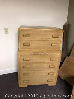 Antique Chest of Drawer (part of bedroom set)