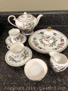 Penbroke Fine China Tea Set