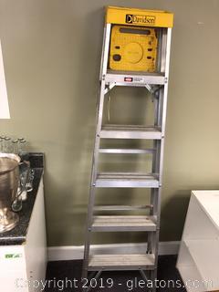 Davids Aluminum Ladder