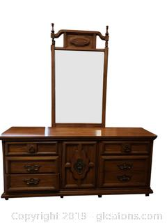 Vtg Solid Wood Dresser With Mirror