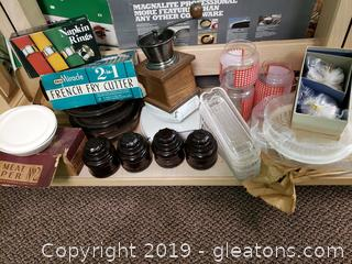 Vtg Lot Of Collectible Kitchen Items