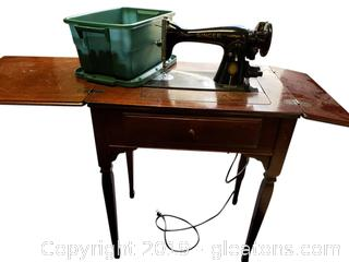 Vtg. Singer Sewing Machine And Cabinet