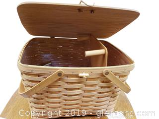 Longaberger Picnic Basket With Cloth And Trays