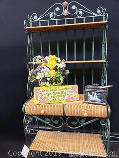 Wrought And Wicker Backer's Rack