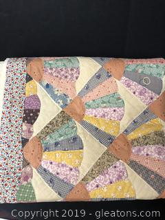 Beautiful Antique Hand Made Quilt