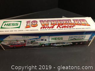 Hess 18 Wheeler And Racer
