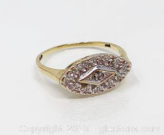 Ladies Gold Ring