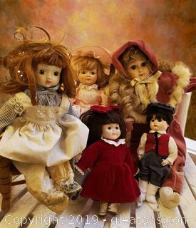 Set Of (5) Porcelain Dolls
