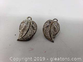 PR Of Vtg. Clipon Leaf Earrings
