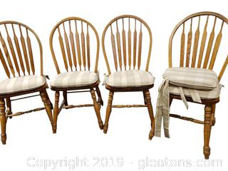 Set Of (4) Windsor Dining Chairs