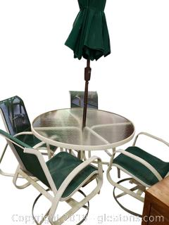 Outdoor Patio Table And 4 Chairs W/Umbrella