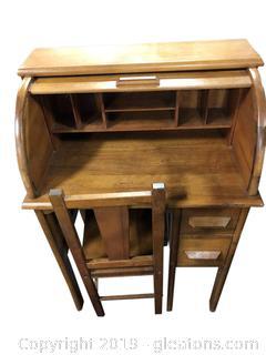 Roll-Top Mini Secretary Desk With Chair