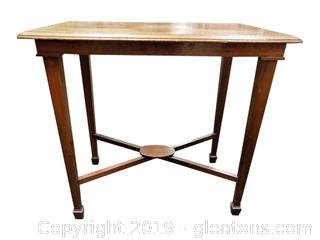 Small Vtg. Entry Table Accent Table