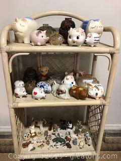 Nice Big Collection Of Piggy Bank Vintage Assortment Figurines Owls Pigs Dogs