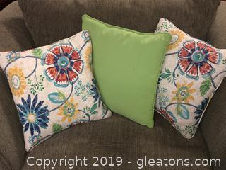 Decorations Throw Pillows
