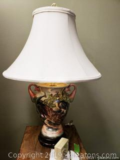 Beautiful Hand Painted Vtg. Urn Style Wild Life Table Lamp