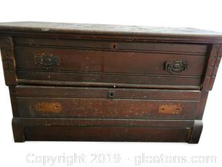 Primitive Farmhouse Chest With (2) Drawers
