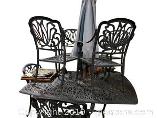 Very Nice Large Outdoor Table And (8) Chairs/W Umbrella