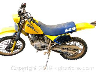 DR Suzuki 125 Dirt Bike
