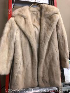 Womens Fox Fur Jacket CIRCA 1950s