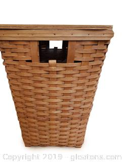 1993 Longaberger Laundry Basket