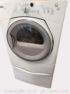 Front Load Whirlpool Washer With Bottom Base Drawer