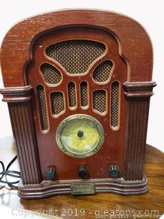 Vintage Thomas America Series Radio