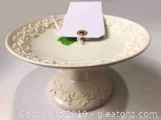 White Wedgwood Vtg Pedestal Bowl