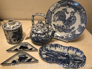 Lot of blue glazed china and ironstone