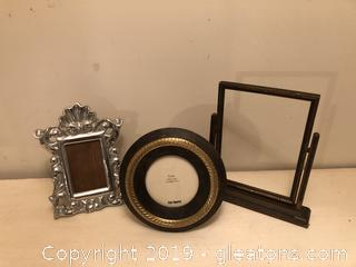 LOT OF GREAT PICTUE FRAMES