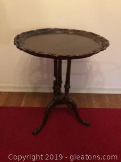 Antique hand carved pie crust end table