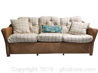 High End Lloyd Flanders Reflection's Wicker Sofa with Cushions