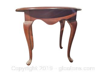 "Small Oval ""Thomasville"" End Table"